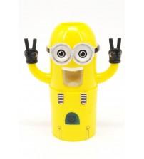 275 WK Дозатор для зубной пасты Minions Wash Kit